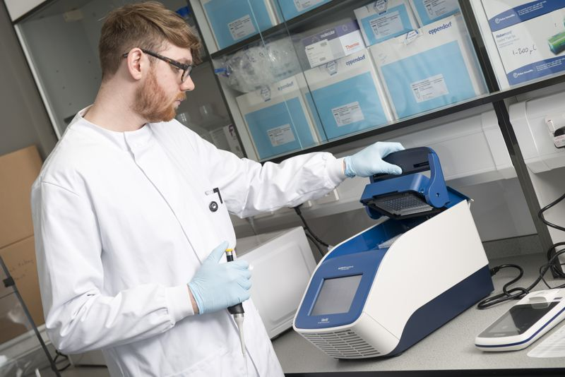 PCR cycler and Qubit 4 Fluorometer